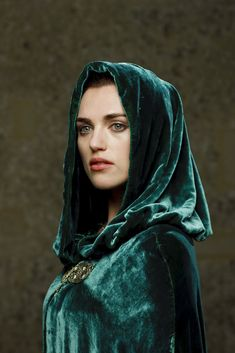 A dream: to find a reason to bring cloaks back into fashion. (So we can all look as cool as Katie McGrath/ Morgana Pendragon)<--PLEASE?