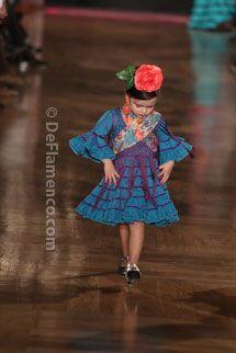 Trajes de Flamenca - We Love Flamenco 2014 - Moda Flamenca - Rocio Peralta - Desfile infantil