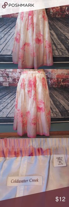 """Coldwater Creek Floral Skirt Size Petite L Gorgeous 100% cotton floral cream/pink/fuscia pleated skirt from Coldwater Creek. Fully lined with partial elastic waist and side zip.   Approx Measurements:  Waist:  16"""" Length: 26""""  Thanks for looking! Coldwater Creek Skirts A-Line or Full"""