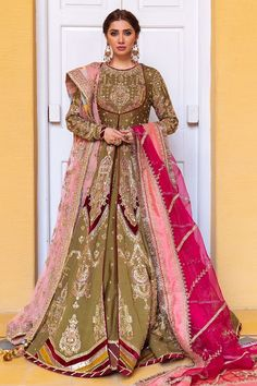 Pakistani Bridal Dresses Online, Bridal Mehndi Dresses, Pakistani Bridal Wear, Bridal Outfits, Bridal Lehenga, Pakistani Gharara, Pakistani Mehndi Dress, Latest Bridal Dresses, Wedding Mehndi