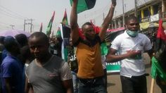 Trends and Politics  : Biafra: protesters ground Lagos over Kanu