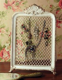 Victorian Trading Co JEWELRY SCREEN - I can make this from a lovely old picture frame I have and some chicken wire, then hang it on the wall and use for my gigantic collection of earrings!