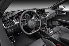 Interni con inserti in vero carbonio: per un auto da oltre 550cv è un must! #AudiRS7Sportback