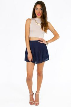 How to Wear High Waisted Jean Shorts   LaurieBrown.net Fashion ...