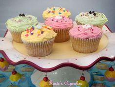 Sweet & Simple Bakes Recipes: Vanilla Cupcakes