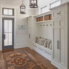 Sharing some of our favorite rugs in all styles right now on the Beckiowens.com love this one by Court Atkins Group via @coastalinteriors