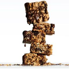 Chocolate Peanut-Butter Energy Bars