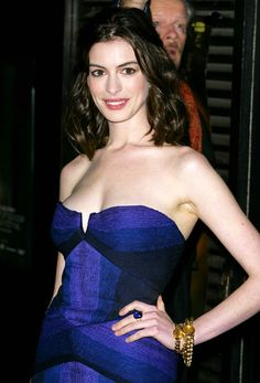 "annehathaway: ""Anne Hathaway attends the London Film Festival screening of Rachel Getting Married (October 20, 2008) """