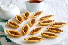 La recette des barquettes au gianduja, composée d'un sablé breton et d'une ganache gianduja, d'après François Perret, chef pâtissier du Ritz.