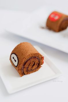 Baymax Chocolate Raspberry Cake Roll for a Big Hero 6 movie night!  #BigHero6MovieNight #ad #chocolate #swiss #roll #deco #cake #recipe #raspberry