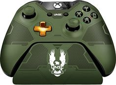 Controller-Gear-Halo-5-Master-Chief-Xbox-One-Controller-Stand-Officially-Licensed-by-Xbox