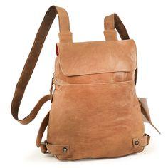 Kleiner Rucksack oder Handtasche? Wie man´s nimmt. Dieses elegante Modell von Harolds aus Leder steht Damen immer gut!  Camel-Braun, Modell 223702. 189,00 € inkl. MwSt., kostenloser Versand innerhalb Deutschlands