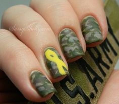 Sassy Shelly: Nails and Attitude: Support Our Troops! Military Nails, Army Nails, Cute Nail Art, Cute Nails, Pretty Nails, Camouflage Nails, Nail Art Techniques, Finger Nail Art, Fru Fru