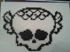 Skull Monster High hama beads by La Fée bricoleuse