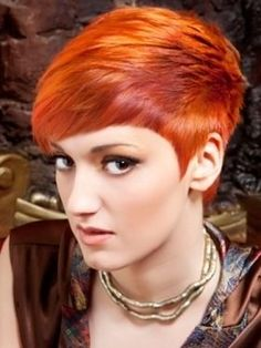 short hair styles for women #hairstyle #girl hairstyle| http://hairstylecollections.blogspot.com
