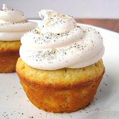 Cinnamon-Filled, Spiced Cupcakes
