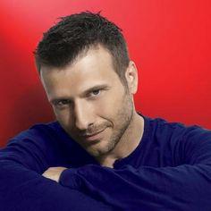 Giannis Ploutarxos - Greek Singer Kostas Martakis, Greek Music, Famous Singers, Gorgeous Men, Beautiful, Famous Men, Folk Music, Music Artists, Hot Guys