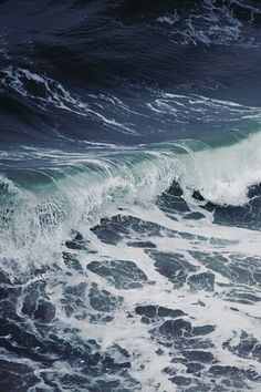 ocean traveler has even more vividly the impression that the ocean is made of waves than that it is made of water. No Wave, Water Waves, Sea Waves, Sea And Ocean, Ocean Beach, Dame Nature, Stormy Sea, Art Graphique, Pics Art