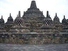 Candi Borobudur, Candi Terbesar di Dunia Hingga Detik ini #magelang #wisata #candi #sejarah #rentalmobiljogja