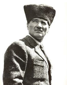 We commemorate the Great Leader Mustafa Kemal Atatürk with respect and longing. Sneaks Up, Great Leaders, Iron Age, Revolutionaries, Besties, Beautiful People, Photo Galleries, Winter Hats, Men Sweater