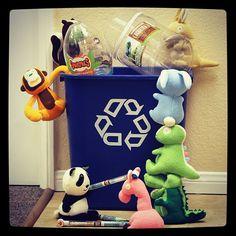 Cute little Smanimals recycling. Www.smanimalworld.com