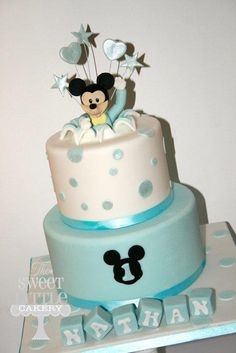 Mickey 1st birthday cake Baby Boy Birthday Cake, Mickey 1st Birthdays, Baby Mickey Mouse, Blue Cakes, Sweet, Desserts, Cakes, Mickey Cakes, Pastries