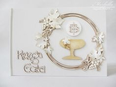 Gallery of handicrafts: Komunijna księga gości 1 Handicraft, Bathroom Hooks, Gallery, Diy, Crafts, Craft, Manualidades, Roof Rack, Bricolage
