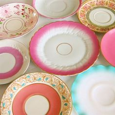 mismatched dishes - yard sale/thrift store finds - so pretty! Love this idea and upcycling too