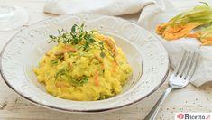 Risotto ai fiori di zucca e zafferano Ricotta, Guacamole, Cantaloupe, Spaghetti, Fruit, Ethnic Recipes, Food, Per Diem, Meal