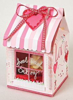 Sweet treat box by Danielle Flanders for Stamp  Scrapbook Expo