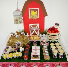 Barnyard Birthday Party Ideas - Love this desserts table!!