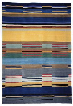 Carpets and wall hangings based on Bauhaus Weimar and Dessau designs have been woven by the firm of Christopher Farr since Stölzl on the Farr Website Bauhaus, Miniature Quilts, Textiles, Textile Art, Hand Weaving, Objects, Carpet, Flooring, Rugs