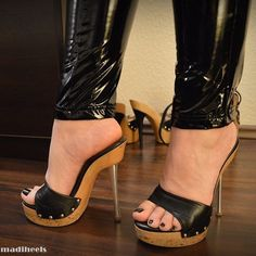 high heels stilettos -- Click above VISIT link to see Sexy High Heels, Beautiful High Heels, Hot Heels, Platform High Heels, High Heel Boots, High Heel Pumps, Stilettos, Stiletto Heels, High Heels Plateau