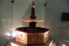 Der Brunnen im Königspalast