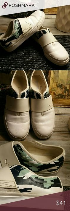 RARE PUMAS! Very Cute! GENTLY WORN~SLIP ONS All Leather. White w/Navy & Teal Camouflage Design in Rear. Rubber strap across front Puma Shoes Sneakers