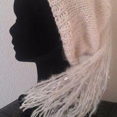 Bonnet femme laine ivoire grand pompon, taille 54/56