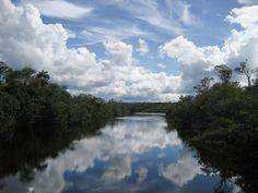 Águas de Pontal: Estado de exceção e o licenciamento de usinas hidr...