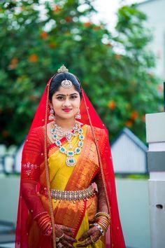 The radiant bride. Indian Bridal Outfits, Indian Wedding Jewelry, Indian Jewelry, South Indian Weddings, South Indian Bride, Bridal Silk Saree, Saree Wedding, Telugu Brides, Bridal Makeup Looks
