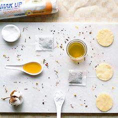 Detox Water Challenge Demak'Up- Kamille thee honing en zuiveringszout scrub