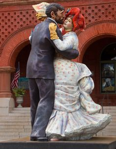 This statue inspired by Renoir's famous painting embodies the jovial spirit of Key West.