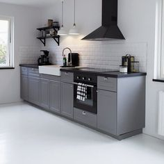 Either the price is one of the things you have to keep in mind, or not, there are enough IKEA kitchen design ideas here to inspire you into getting exactly what you want for your new or remodeled kitchen. We have found interesting takes on how you can redesign your kitchen with IKEA furniture and details, and how you can get them personalized for you to get a kitchen that feels more yours than something out of a catalog. Go ahead and take a look at the outstanding ideas we put together for you. Kitchen Ikea, Ikea Kitchen Design, Kitchen Dinning, Kitchen Furniture, Kitchen Interior, New Kitchen, Kitchen Decor, Bodbyn Kitchen Grey, Bodbyn Grey
