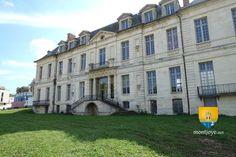 Le château de Sucy-en-Brie, ou château Lambert et château de Berc, est un édifice construit au XVIIe par Nicolas Lambert, qui fut le frère de l'édificateur de l'Hôtel Lambert dans l'île de la Cité à Paris.