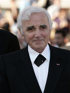 Charles Aznavour (1924 / 2018) #musique #france Tour Eiffel, World Music, Music Is Life, Armenian Culture, Celebrity Stars, Forever Living Products, Jolie Photo, Special People, Music Videos