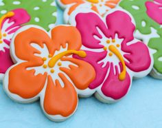 SweetTweets - Luau Tropical Summer Hibiscus Cookies - 1 Dozen (luau party foods desserts)