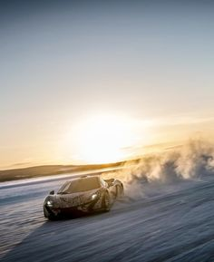 McLaren P1 tested to the extremes...on Ice! Hit the image to watch this #thrilling video.