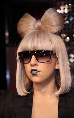 Lady Gaga rock'n a gothic black Clara Bow inspired silent film star lippie.