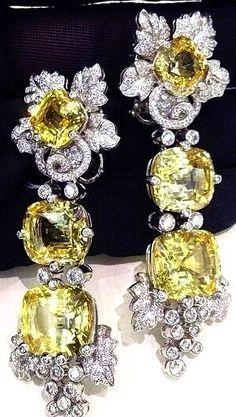 Beautiful diamond and yellow sapphire sassy classy fashion jewels design, VCA.