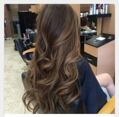 trendy hair balayage brunette ombre lights - Hair and Hair Brown Hair Shades, Brown Hair With Blonde Highlights, Brown Hair Balayage, Light Brown Hair, Brown Hair Colors, Hair Highlights, Light Highlights, Bayalage, Brunette Ombre
