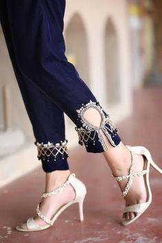 Stylish Dresses For Girls, Stylish Dress Designs, Pakistani Dress Design, Pakistani Bridal, Dark Red Dresses, Dress Indian Style, Henna Mehndi, Crystal Embroidery, Women Trousers