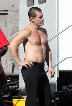 Josh Brolin Film Man, Star Gossip, Josh Brolin, Celebrity Pictures, Candid, Movie Stars, Hot Guys, Handsome, Actors